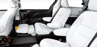 2015-sienna-se-with-technology-package-04