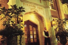 ART・LUXURY HOTEL & CAFE