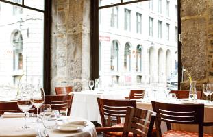 解放的な雰囲気のレストラン