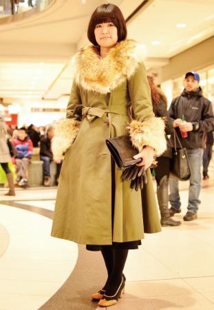 Nao/Vintage Shop Owner 裾と襟に着いたファーが◎。 全体的にクラシックなスタイルに。