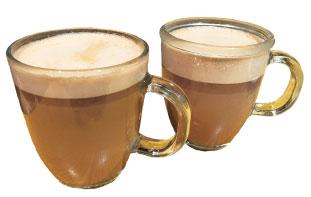 (左)Hot Chocolate(右)Chococchino