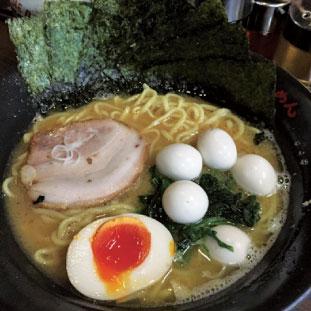 地元横浜家系ラーメン、壱八家。やっぱり美味い!!