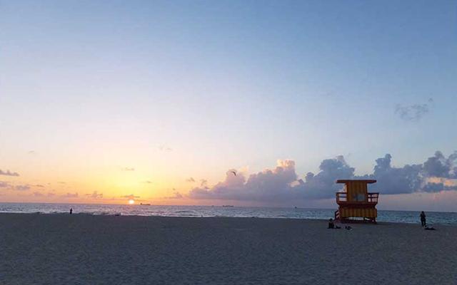 マイアミビーチの朝日