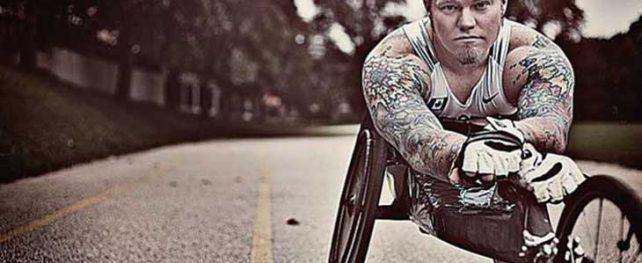 車いす陸上競技においてカナダ代表として6度パラリンピックに出場、通算3つの金メダルを獲得し、現在は起業家であり現在弁護士を目指す Jeffrey Adamsさんインタビュー | 特集 カナダ・Professionals
