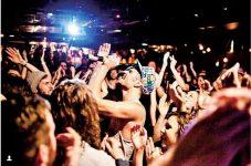 思わず踊りだしたくなるギターやピアノの音色に酔いしれたい カナダの夏を彩るJAZZ BAR & MUSIC RESTAURANTS in トロント 特集「カナダの夏を彩ってくれる極上の音楽」