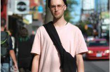 トロントファッションストリートスナップ たかがTシャツ、されどTシャツ。|特集「残りわずかな夏に押さえておきたいトロント8トピック」