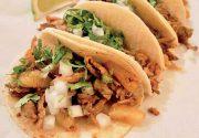トロントでメキシカン気分を味わう メキシコ料理の王道「タコス」|食の編集部 食べ歩き|寒いトロントをいざ脱出!カリブ海特集