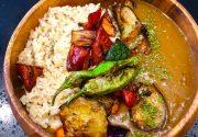 カフェで食べる夏野菜たっぷりjapaneseカレー