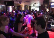 ジャズバーで開催のダンスナイト