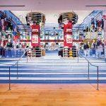 ユニクロ・カナダが旗艦店の トロント・イートンセンター店内3階に世界のアート、キャラクター、ブランドとコラボレーションしたオリジナルTシャツ「UT」フロアをオープン!