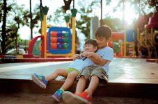 「亡き友から学ぶ事–⑵ 終活」| カナダ・トロントにある幼稚園の園長先生コラム。気付けば息子も大きくなりました…第94回