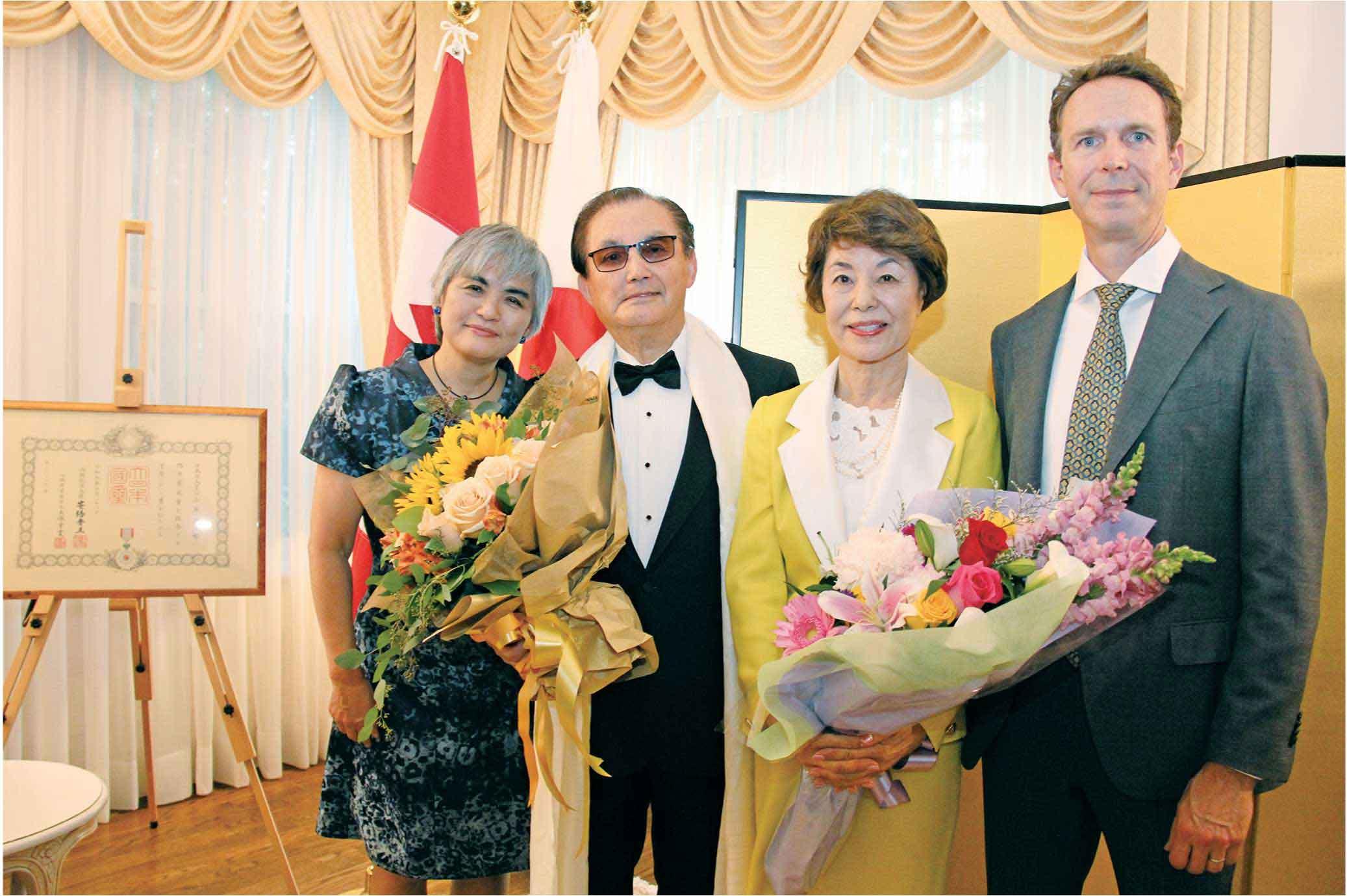 山本ご夫妻と伊藤総領事ご夫妻