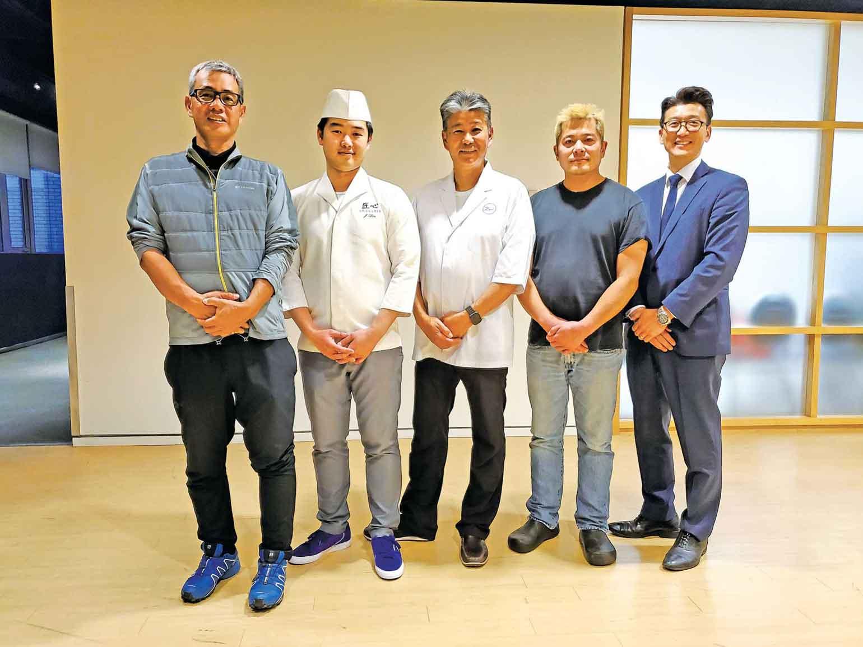 (左から)Taro's Fish・秋山さん、匠心・ジャッキーリンさん、ZEN・柏原清一さん、JU・安西さん、小沢カナダ・小沢さん