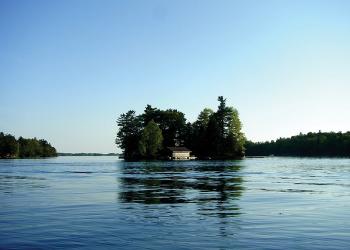 サウザンドアイランドの中の島