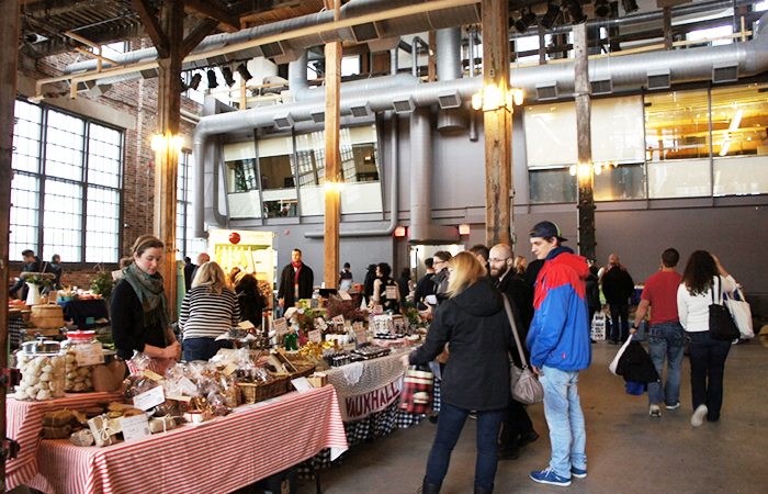 the-holiday-farmers-market-04