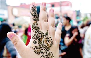 Hennaタトゥーを楽しめる