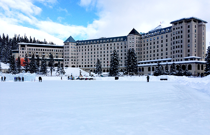 lake-louise-in-banff-02