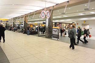 calgary-international-airport-02
