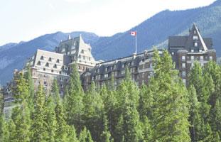世界的に有名なThe Fairmount Banff Springs