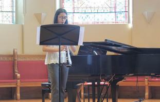 第1回MDA Young Musicians Competitionに優勝したJavaria Mughalさん