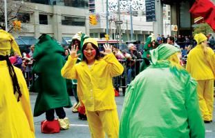 友達がみに来ていたらこんな1枚も@サンタクロースパレード