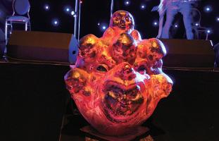 3.11の津波の後に制作された顔魂「悪魂浄化」