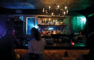 themed-bars-08