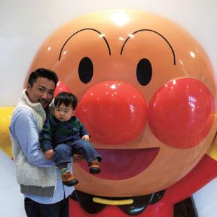 息子と二人で横浜アンパンマンミュージアムへ。パパ頑張ってます。