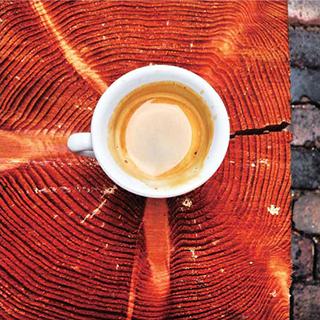 アートを楽しみながら飲むコーヒーは格別
