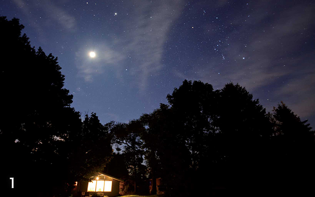 コテージ泊でも寝る前には外に出て星空観察をしてみよう