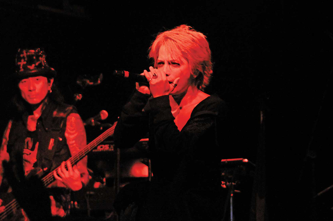 vamps-hyde-kaz09