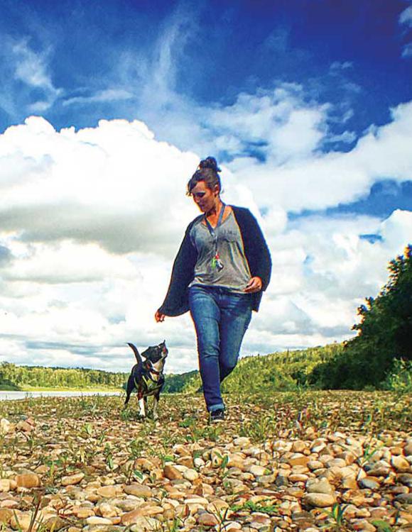 愛犬Sashaと思い切り遊ぶ @Devon, Alberta