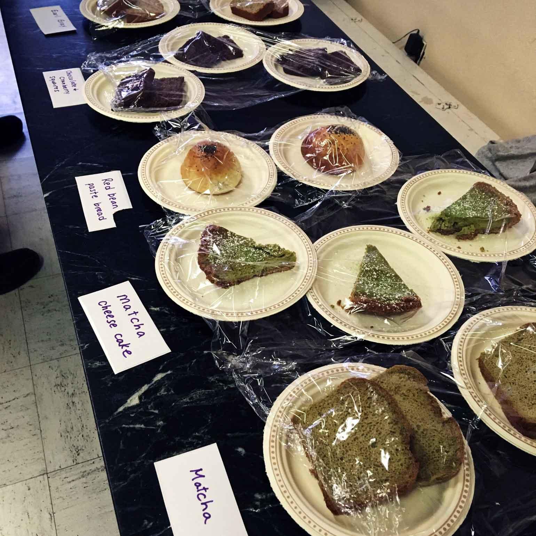 ボランティアの方が焼いてきてくださったケーキたち!
