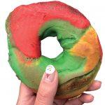 食べ応え満点!バラエティ豊かな「ベーグル」|トロント食べ歩き「おやつパン」