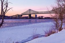 カラフルな冬のモントリオール|紀行家 石原牧子の思い切って『旅』第40回