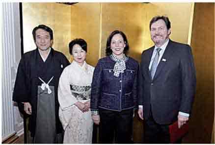 川村大使夫妻とワグナー最高裁長官夫妻