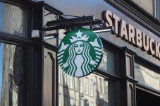 スターバックスカナダ、5月末までにできるだけ多くの店舗で営業再開の計画