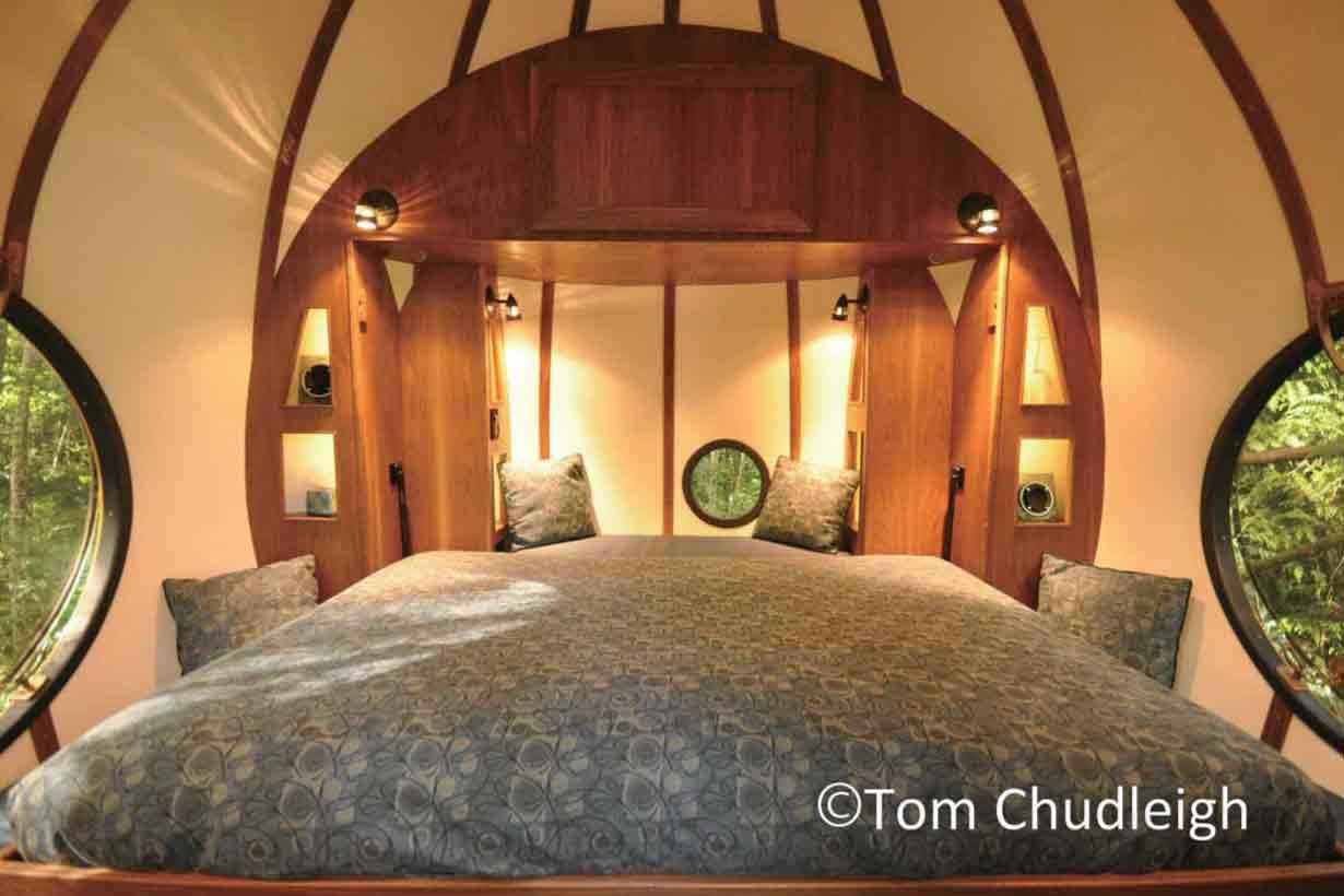 ベッド ※球体によって異なります
