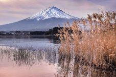 一度は富士山を見に行こう – 河口湖の昔と今  紀行家 石原牧子の思い切って『旅』第51回